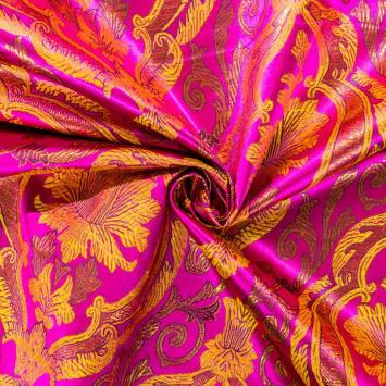 Satin asiatique rose motif arabesque florale dorée