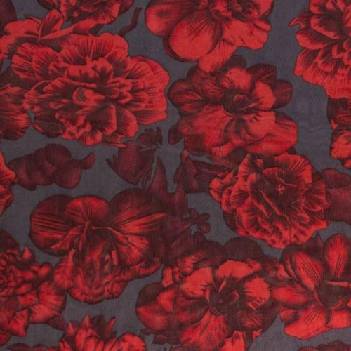Mousseline de crêpe grise fleurs rouges