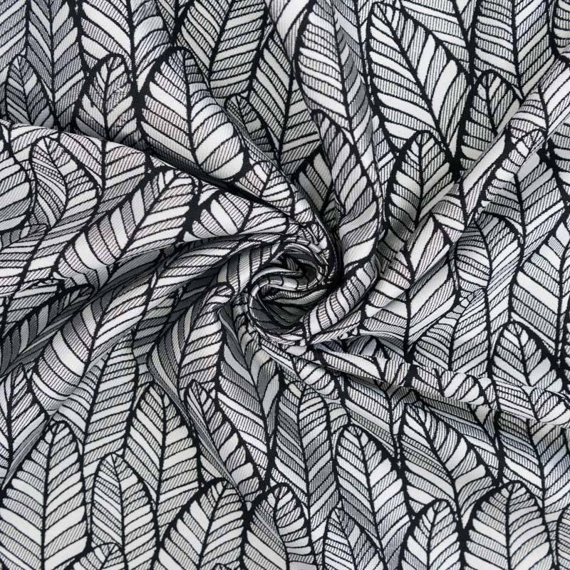 Jacquard gris clair motif plume