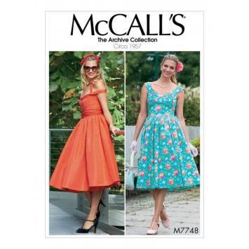 Patron McCall's M77448 : Robes et ceinture 34-42