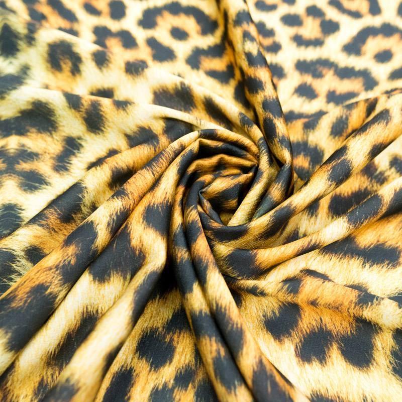 Satin imprimé pelage léopard