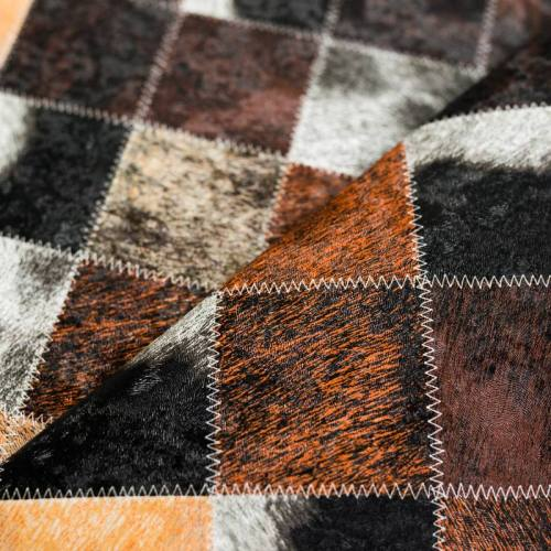 Simili cuir marron motif patchwork de fourrure