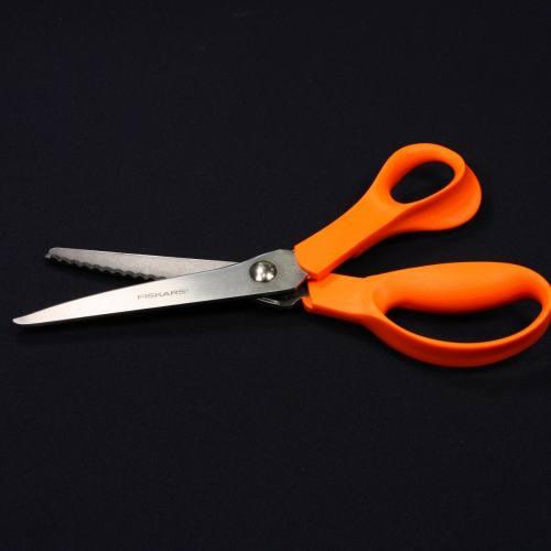 Ciseaux cranteurs Fiskars 23 cm