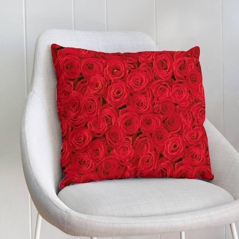 Coupon de velours ras imprimé roses rouges 23x23cm