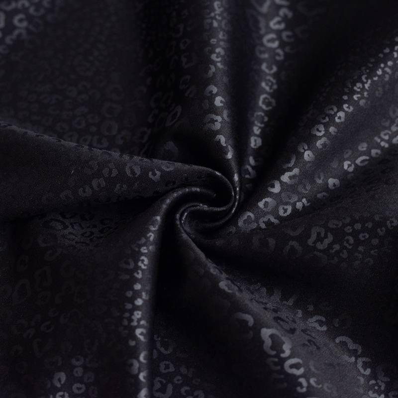 Tissu scuba noir imprimé léopard relief noir