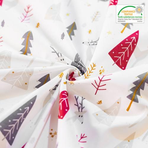 Coton blanc imprimé sapins et cerfs rouges gris et or borenne