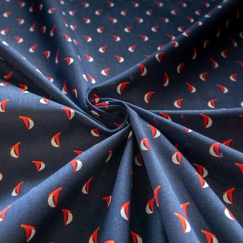 Coton bleu marine motif voilier rouge et blanc