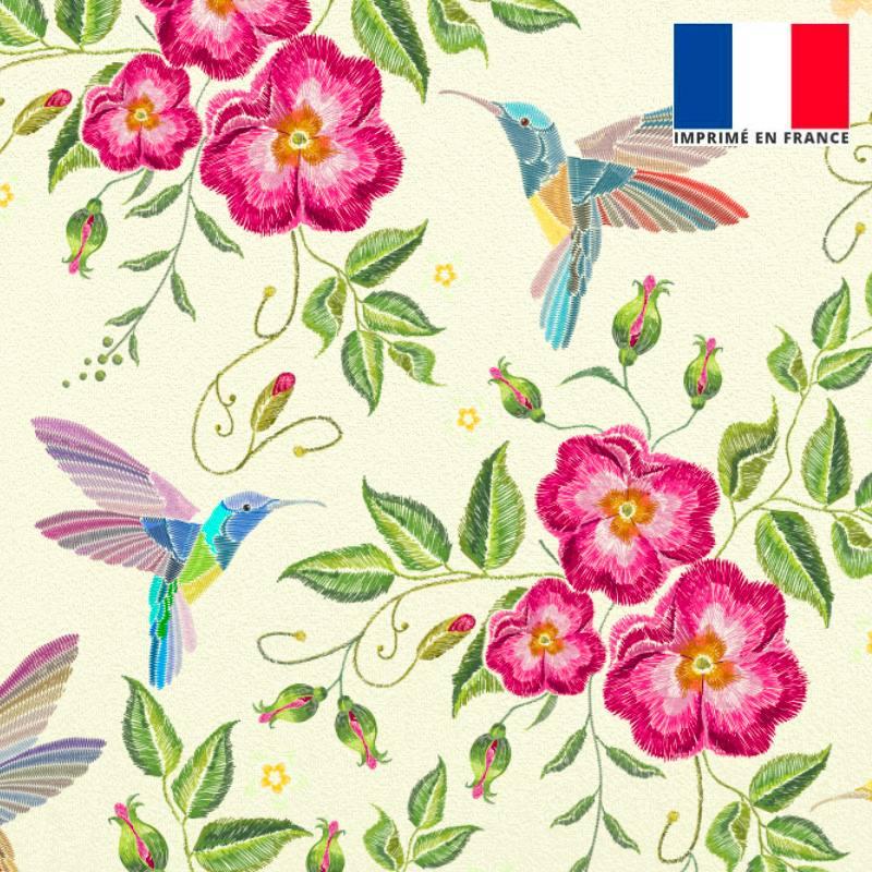 Velours ras écru motif fleurs roses effet brodé