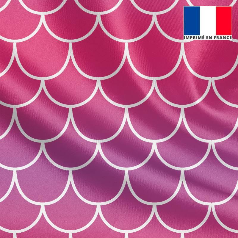 Tissu satiné imprimé écailles de sirène dégradées rose à violet
