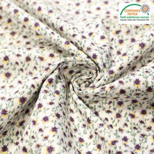 Popeline de coton écru imprimé fleurs champêtres violettes