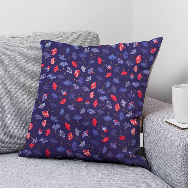 Coton bleu marine motif ginkgo bleu et rouge