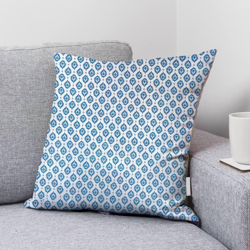 Coton blanc motif provençal fleuri bleu