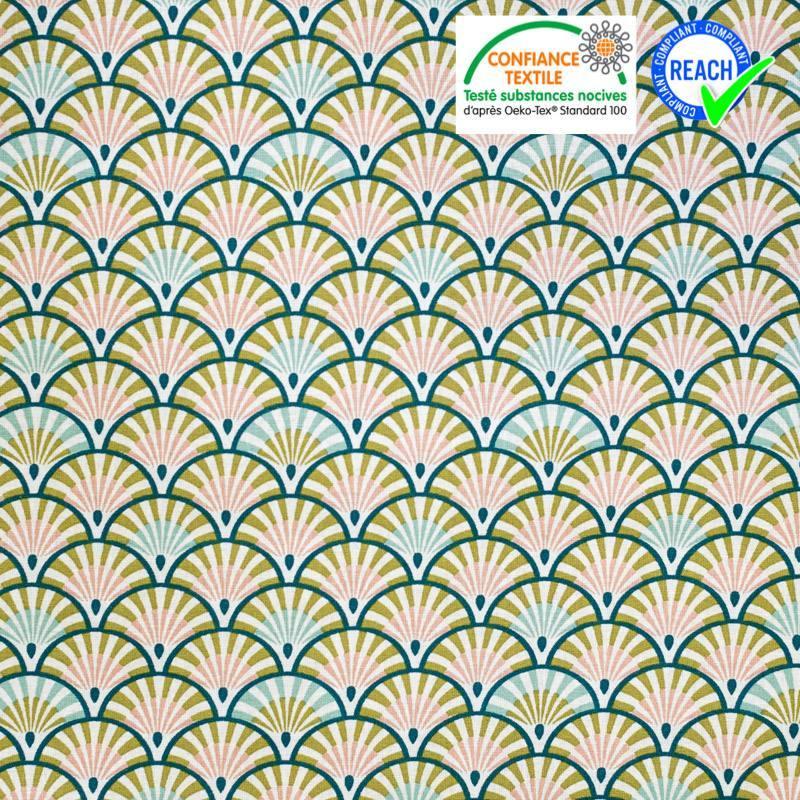 Coton blanc motif éventail vert paon et rose