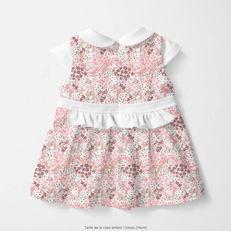 Coton écru motif fleurs des champs roses et feuilles vertes