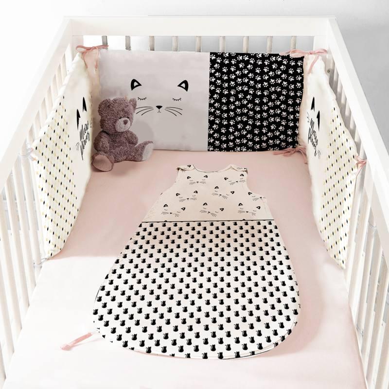 Coupon velours d'habillement pour tour de lit motif chat