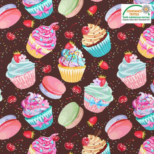 Coton chocolat motif cupcake et macaron et vermicelle en sucre Oeko-tex
