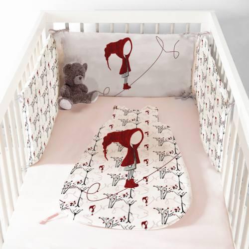 Coupon velours d'habillement pour tour de lit motif chaperon rouge - Création Marie-Eva