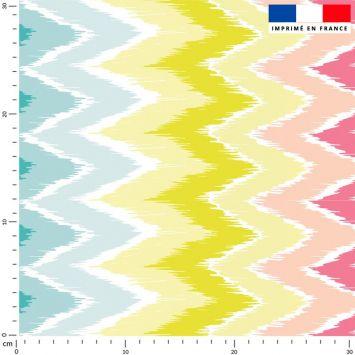 coupon - Coupon 120cm - Tissu imperméable motif chevron rose jaune vert - Tissu imperméable 300gr/m² - 150 cm