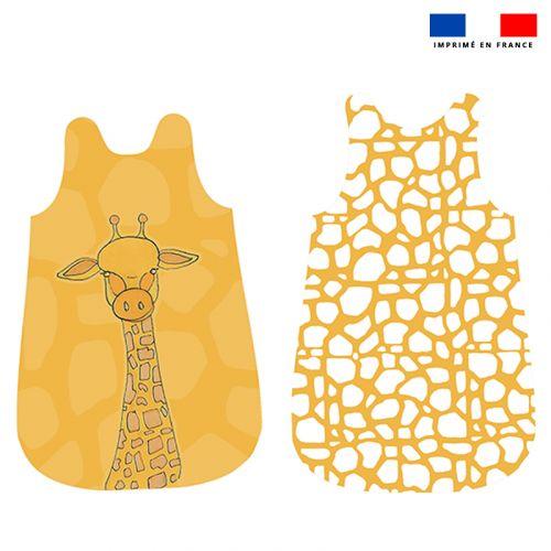 Coupon velours d'habillement pour gigoteuse motif girafe jaune et blanche - Création Anne Clmt