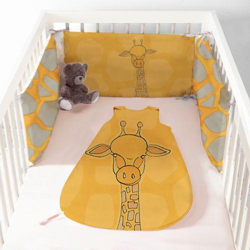Coupon velours d'habillement motif girafe jaune - Gigoteuse et Tour de Lit - Création Anne Clmt