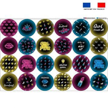 Coupon éponge pour lingettes démaquillantes forme ronde motif girl power effet néon