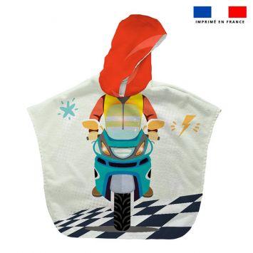 Patron imprimé sur tissu éponge pour poncho de bain motif moto de course