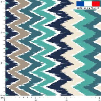 coupon - Coupon 95cm - Tissu imperméable bleu motif chevron vert et grège - Tissu imperméable 300gr/m² - 150 cm