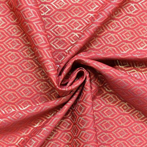 Jacquard rouge motif ethnique doré Noel