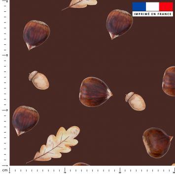 Chataigne - Fond marron