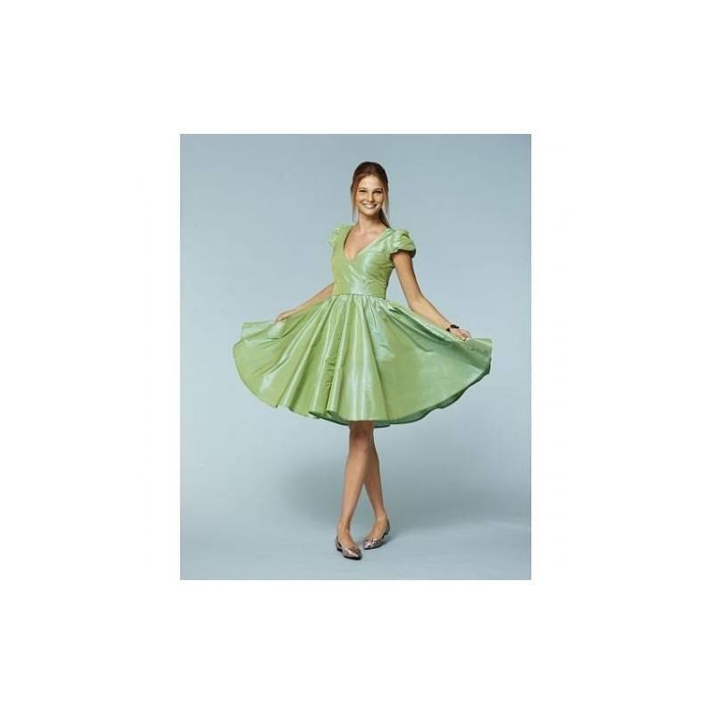 Patron N°7556 Burda style : Robe Taille : 32-44