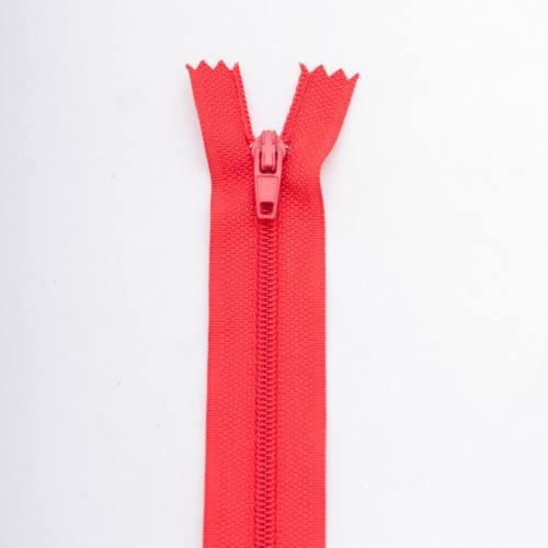 Fermeture 55 cm polyester non séparable rouge col 113