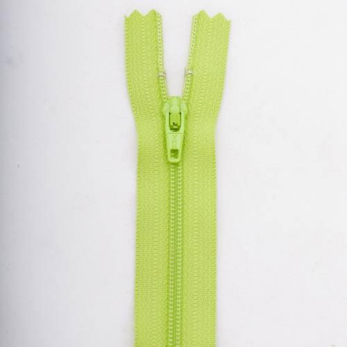 Fermeture 10 cm Polyester non séparable vert Col 177