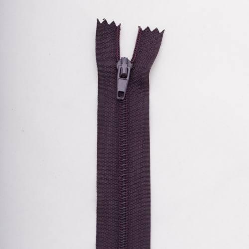Fermeture 18 cm polyester non séparable violet col 181
