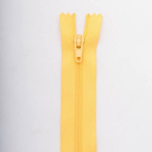 Fermeture 25 cm polyester non séparable jaune Col 104