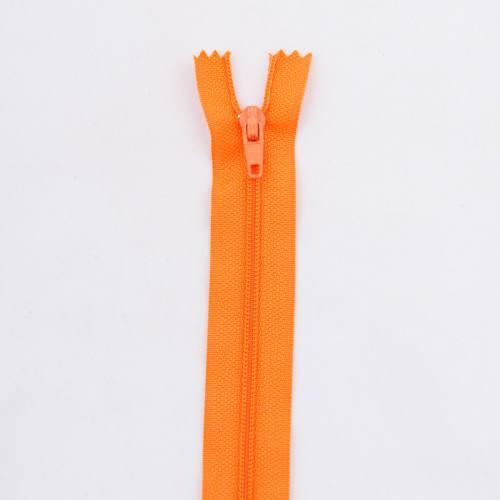 Fermeture 45 cm polyester non séparable orange Col 120