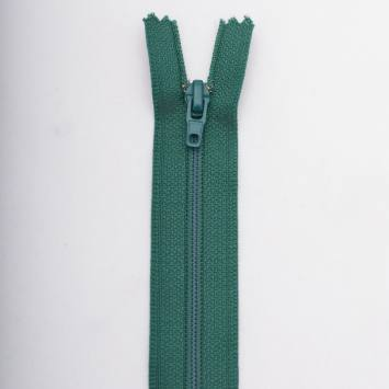 Fermeture 50 cm polyester non séparable vert Col 137