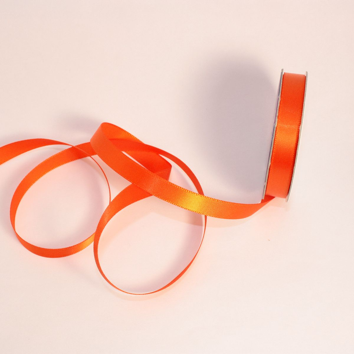 Ruban satin en bobine orange sanguine 9 mm
