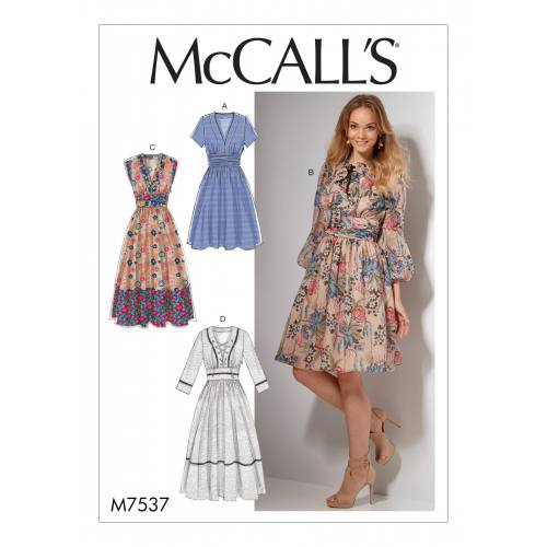 Patron Mc Call's M7537 : Robes pour jeune femme 42-50