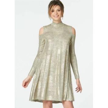 Patron McCall's M7622 : Robes pour jeune femme 44-52